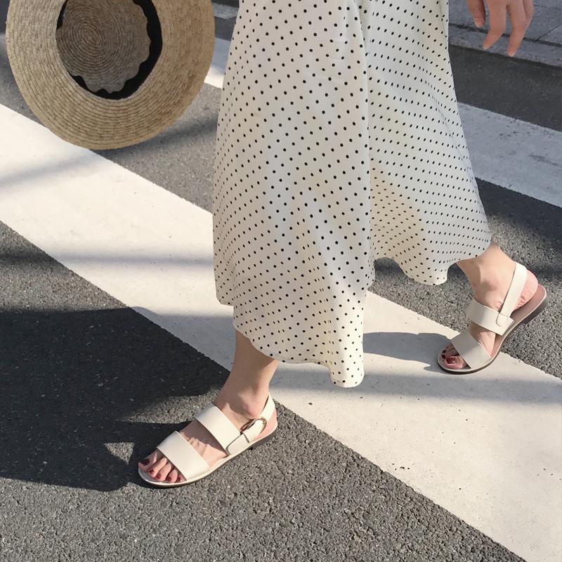凉鞋 第三人称2019夏季新网红仙女风露趾双带一字扣罗马平底舒适凉鞋女_推荐淘宝好看的女凉鞋