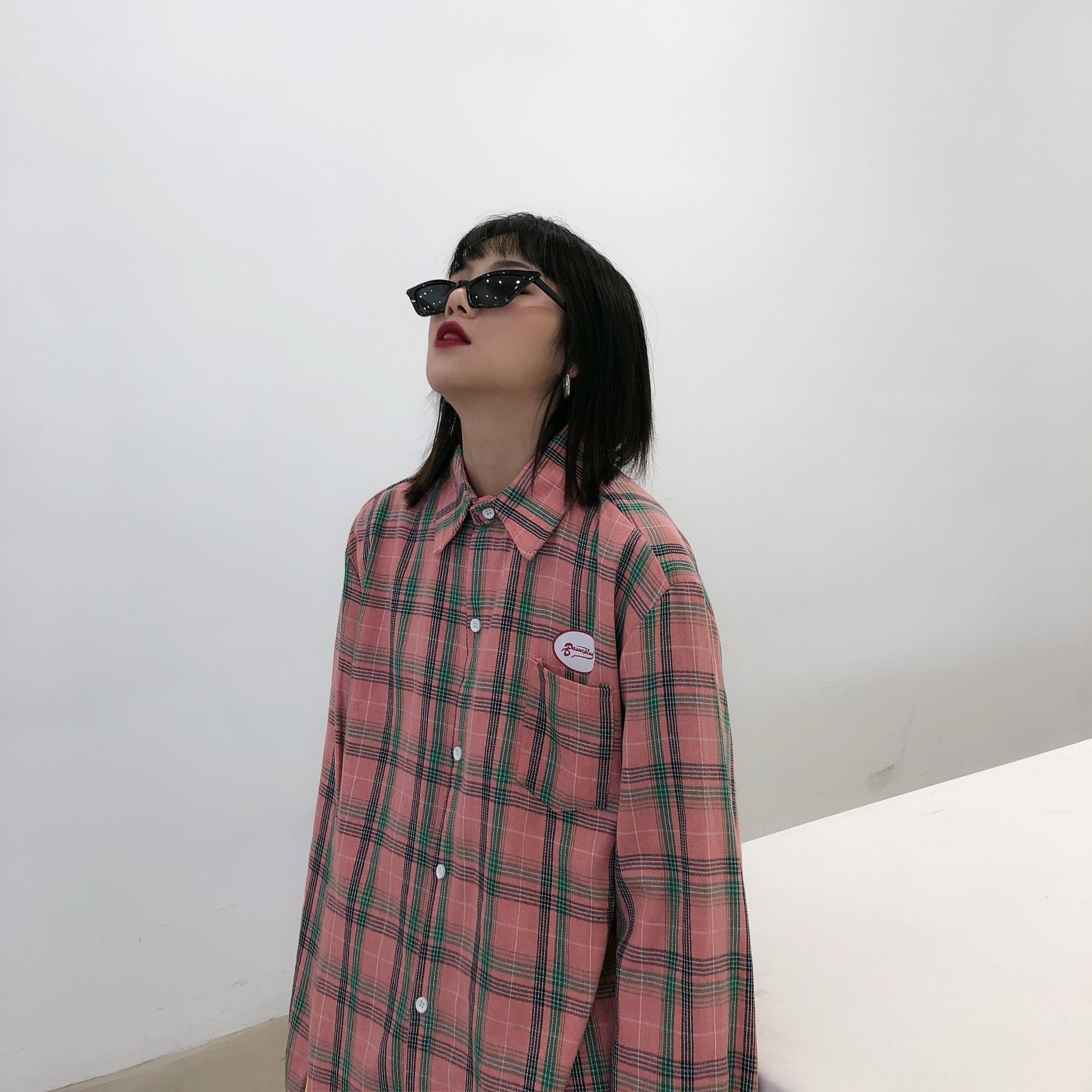 衬衫 chic秋美伢bf潮牌港风情侣长袖衬衣男友风复古宽松粉色格子衬衫女_推荐淘宝好看的女衬衫
