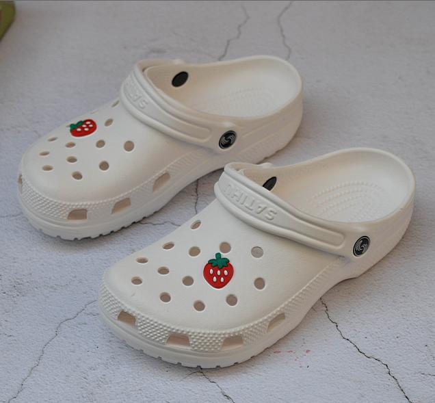 白色凉鞋 夏季女凉鞋洞洞鞋防滑沙岸鞋厚底白色护士鞋工作鞋特大码41-42-43_推荐淘宝好看的白色凉鞋