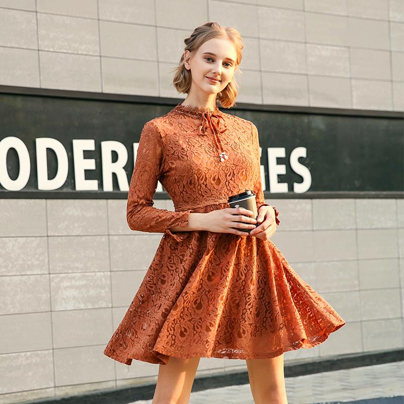 蕾丝连衣裙新款 gcrues杰可丝新款焦糖色收腰蕾丝花瓣长袖连衣裙女潮G1D08A0981_推荐淘宝好看的蕾丝连衣裙新款