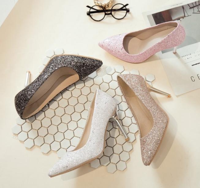 粉红色高跟鞋 大小码女鞋子2018尖头高跟闪亮片金银粉红色结婚纱伴新娘船瓢单鞋_推荐淘宝好看的粉红色高跟鞋
