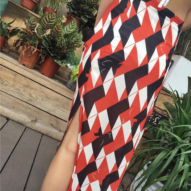 波西米亚半身裙沙滩裙 小玉蔡 红白格泰国度假沙滩裙波西米亚个性裙摆开叉海边半身裙女_推荐淘宝好看的波西米亚半身裙沙滩裙