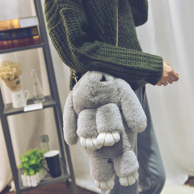 卡通斜挎包 女包獭兔毛挂件 单肩双肩包包可爱萌萌装死兔卡通兔链条背包 斜挎_推荐淘宝好看的女卡通斜挎包
