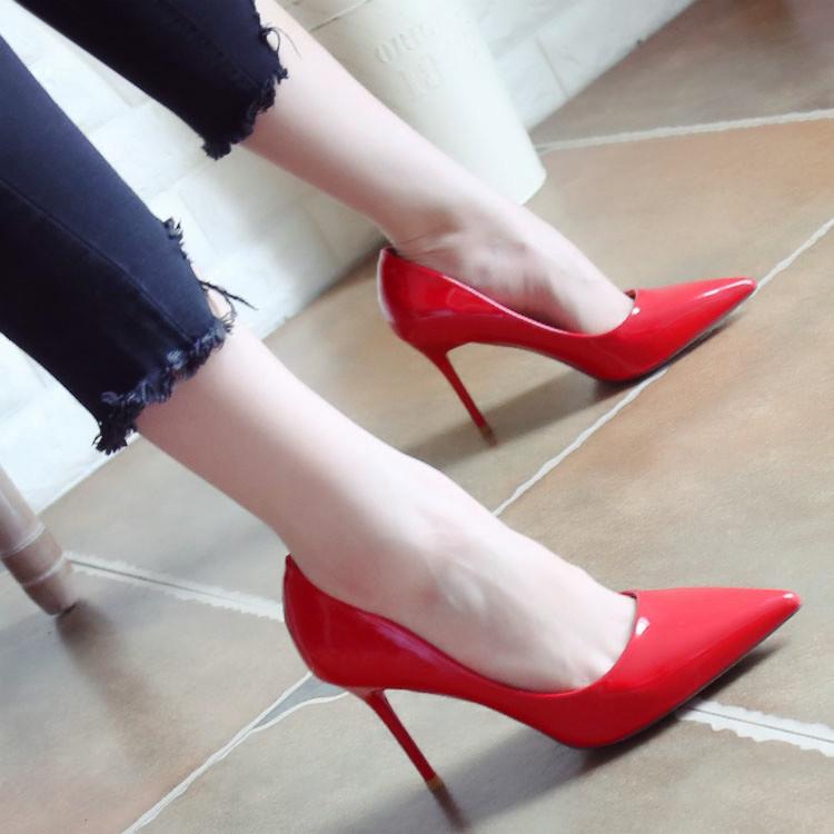 红色高跟鞋 欧美夜店性感高跟鞋2017秋季新款细跟漆皮浅口女鞋尖头红色单鞋女_推荐淘宝好看的红色高跟鞋