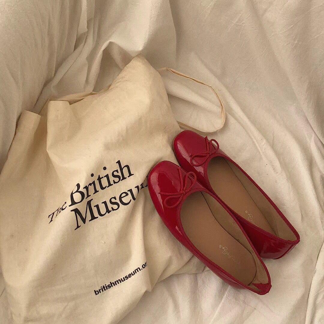 红色单鞋 大sim韩国气质百搭蝴蝶结红色单鞋2018春夏新款女套脚亮皮平跟鞋_推荐淘宝好看的红色单鞋