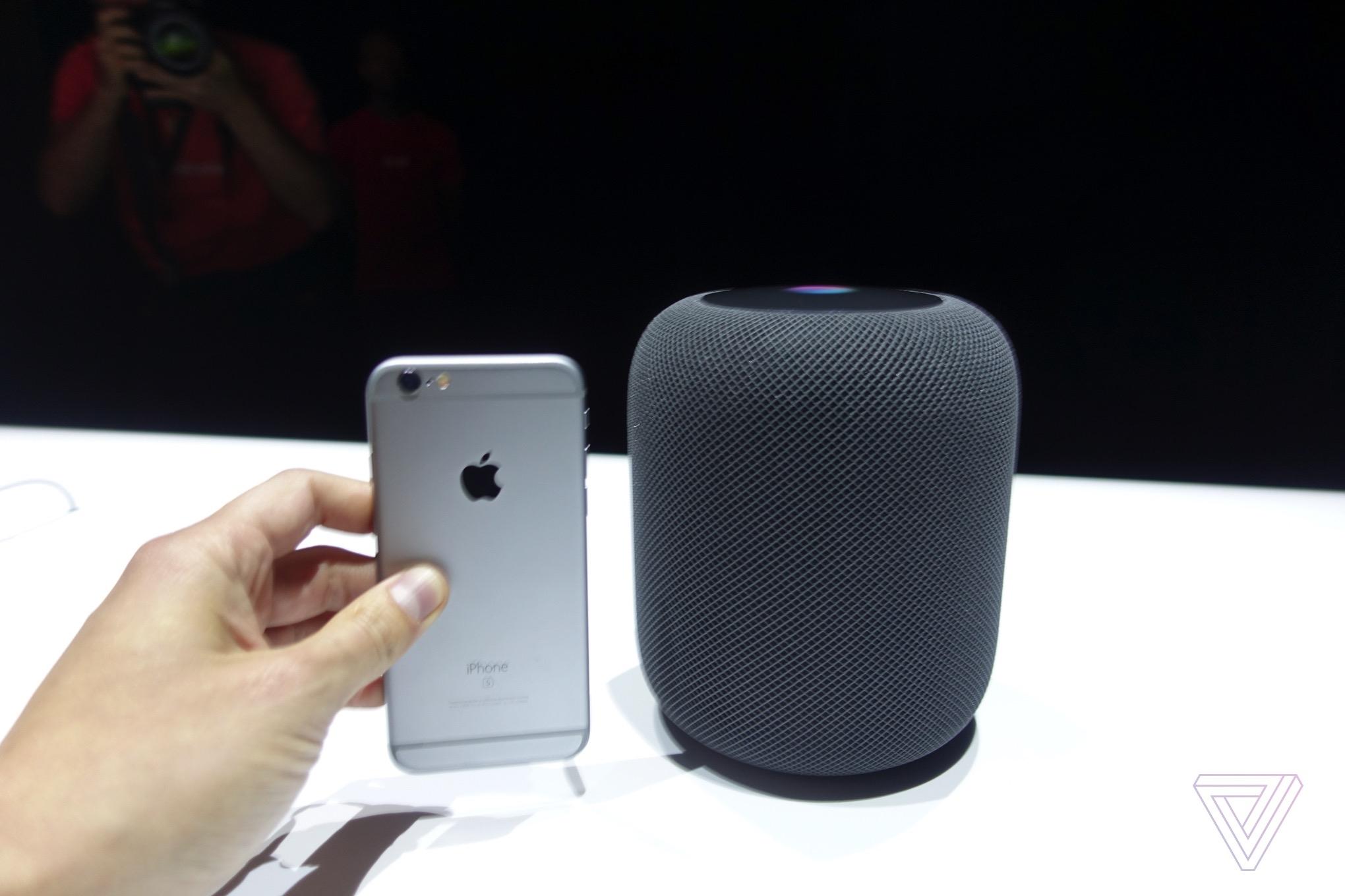 """苹果HomePod开售:重新发布""""iPhone 6"""""""