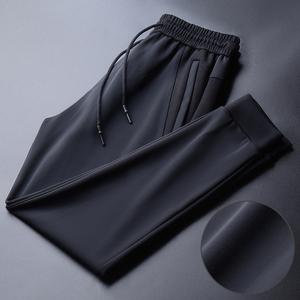 运动裤男士休闲裤春秋季2021新款潮牌卫裤束脚高端丝滑男裤子冰丝