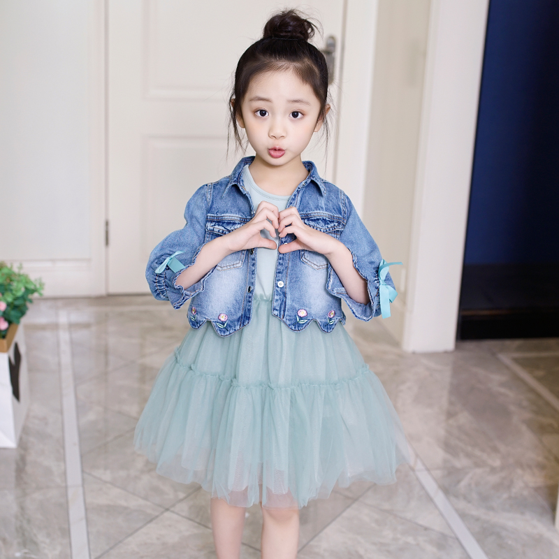 2019 girls' spring and autumn skirts 8-13 years old mid-year-old son's yang denim jacket dress two-piece set