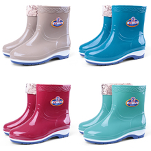 Four seasons, rain boots, women's short tube, adult, cashmere, boots, fashion, waterproof shoes, ladies' antiskid, middle tube, rubber shoes, and shoes.