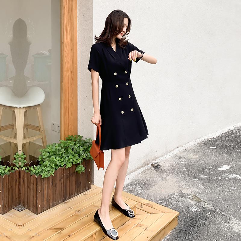赫本风经典小黑裙子女2020夏季新款职业双排扣短袖西装连衣裙鱼尾