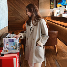 Chic spring and autumn leisure net red small suit jacket female short-style students loose Korean version of retro suit weight texture