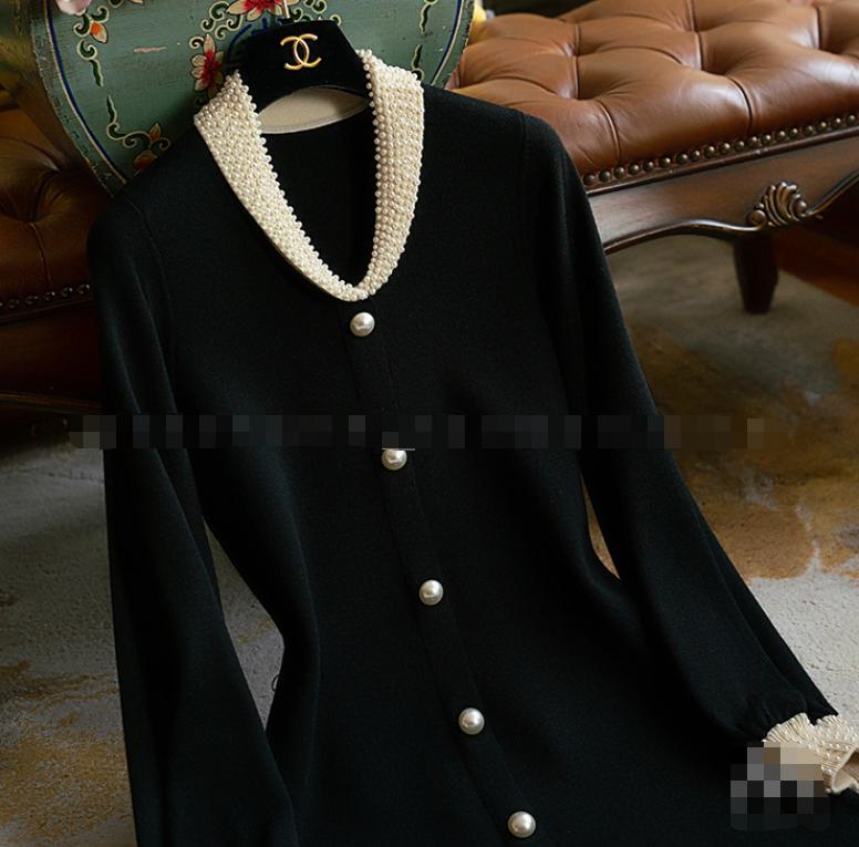 上身真狠美羊毛松本公司20秋日本轻奢珍珠小翻领灯笼袖针织小黑裙