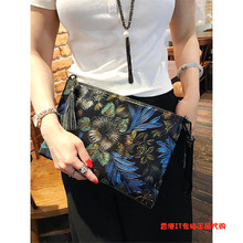 Korean version genuine leather handbag flower handbag banquet printed envelope bag large capacity cowhide one shoulder slanting across the lady bag tide