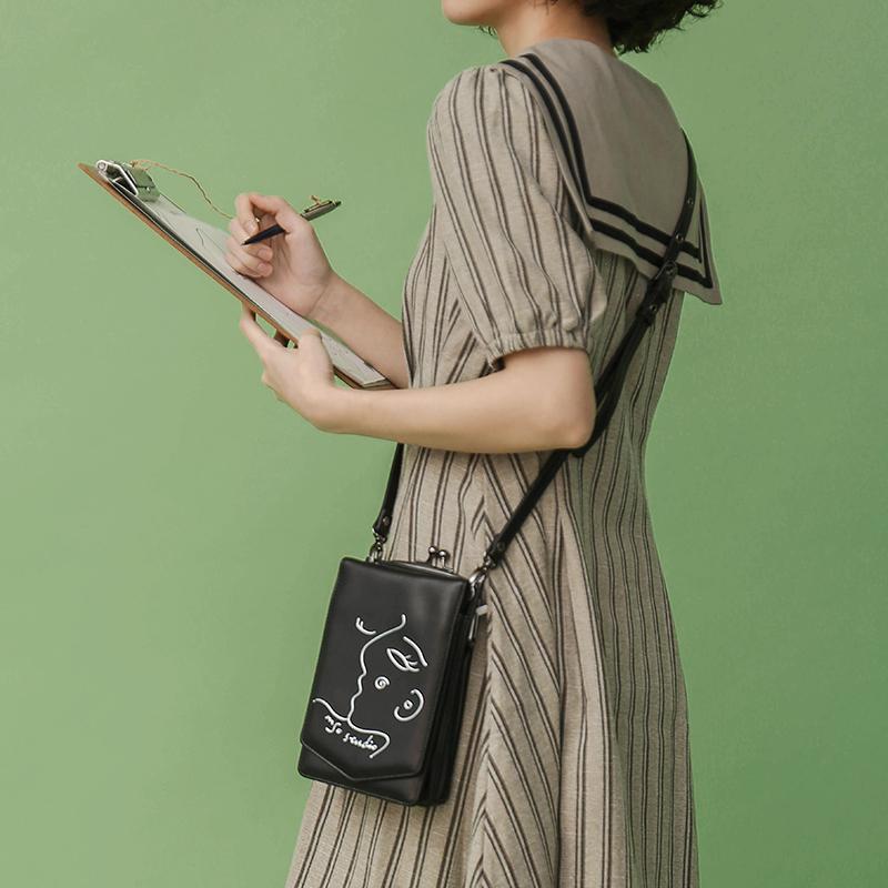 INSO印树 可爱红色夹子斜挎女包原创设计复古小包单肩包手机包