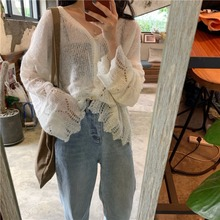 Summer women's loose and thin hollow knitted sweater is very beautiful sunproof clothes with air conditioning sweater cardigan jacket