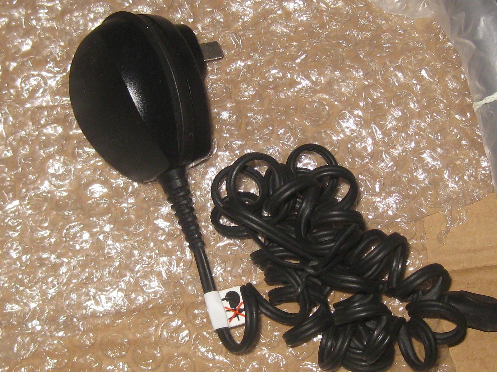 Аксессуары для электробритвы Philips  12V HQ8000