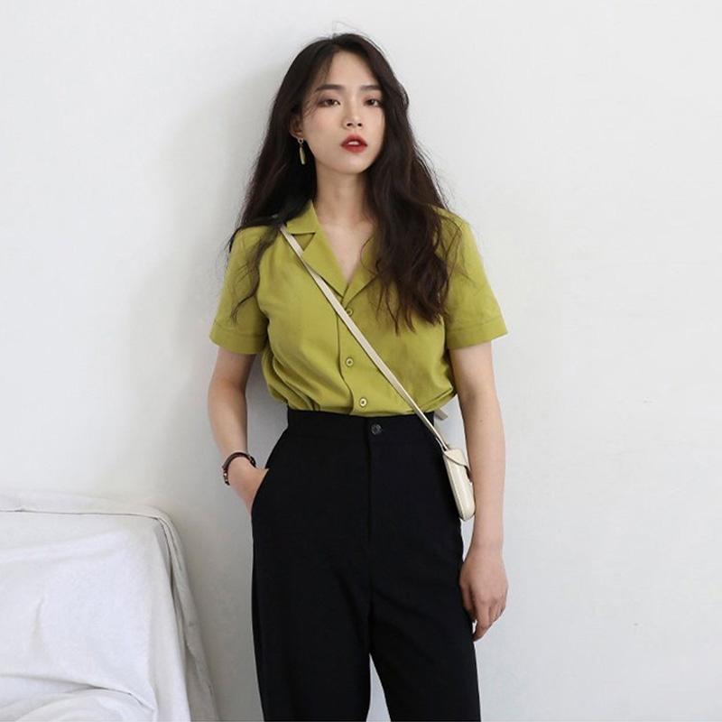 西装领纯色衬衫女夏设计感小众法式复古冷淡风宽松短袖v领上衣女