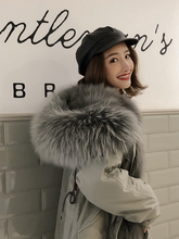 2009 New Rosemary Medium-length Overcoat Removable Fox Hair Inner Biliary Fur School Overcoming the Winter Season