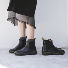 British flat-soled boots, rough-heeled Martin boots, Chelsea boots, thick-soled leather round-headed boots