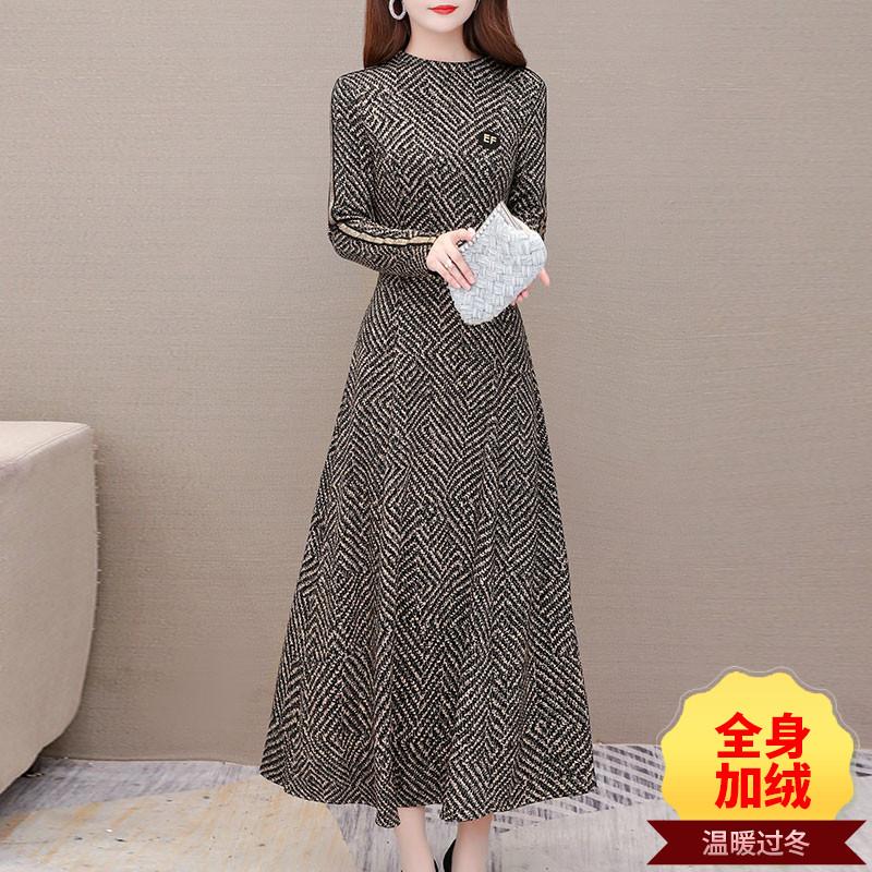 加绒连衣裙女秋冬2020新款过膝减龄贵夫人洋气高端妈妈内搭长裙子