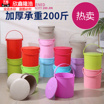 The new plastic storage bucket with lid can sit in the kindergarten storage bucket bath basket fishing bucket portable household large