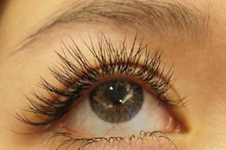 睫毛掉进眼睛里怎么办 这六个才是正确的打开方式