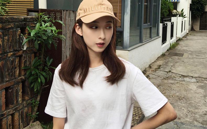 棒球帽+boyfriend衬衫