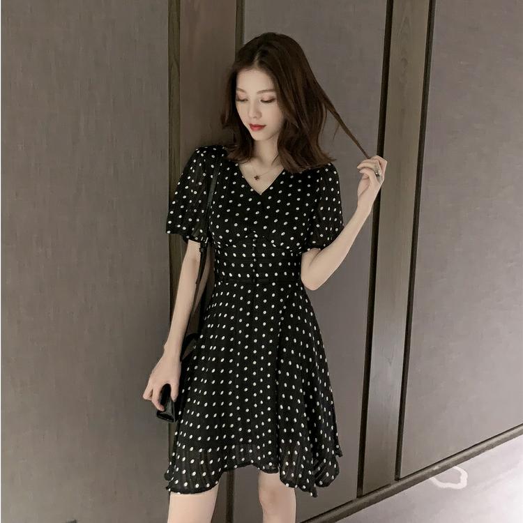 2019夏季新款韩版中长款V领收腰波点雪纺连衣裙女小...¥109.9