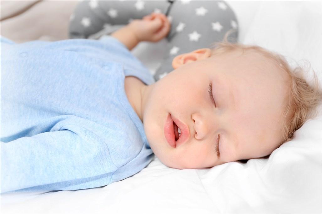 从宝宝睡眠状况看健康,你能观察出来吗?