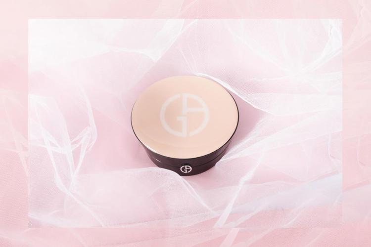 阿玛尼霓彩裸光蜜粉饼