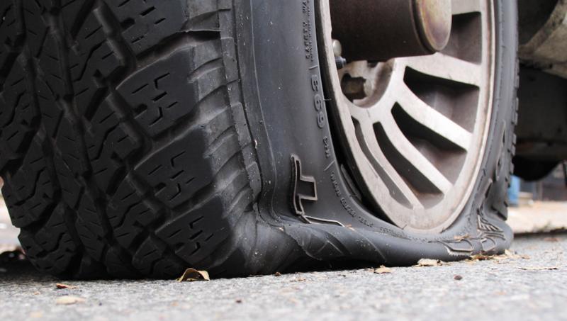 3大诱因教你如何预防轮胎鼓包!快去查查