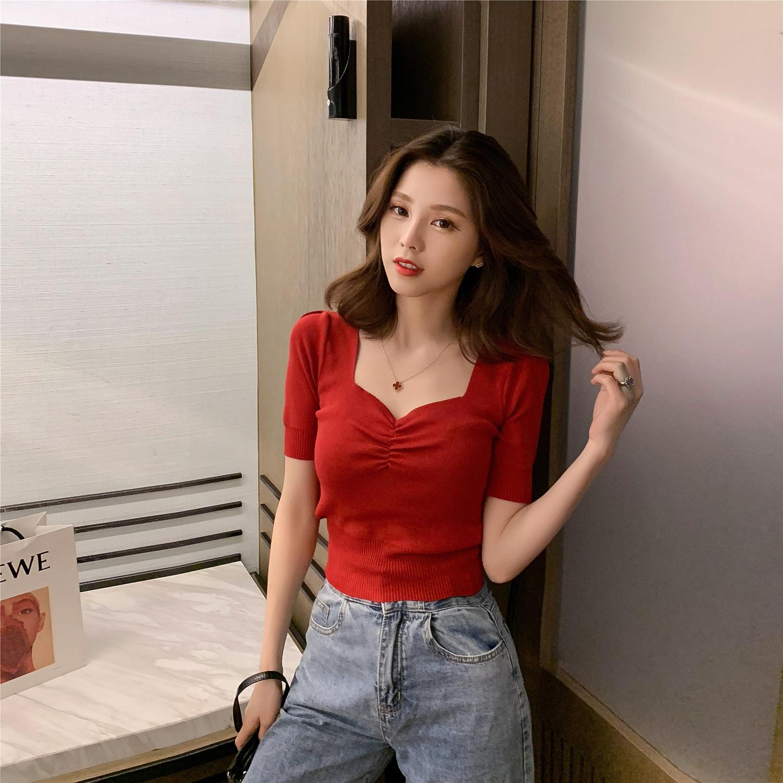2019夏季新款韩版设计感方领抽褶短袖针织衫女chi...¥49.9