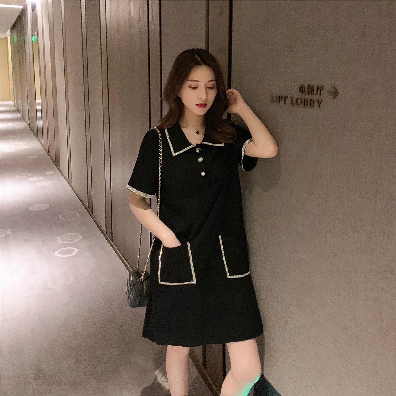 2019夏季新款法式复古黑色短袖连衣裙女赫本风高腰a...¥89.9