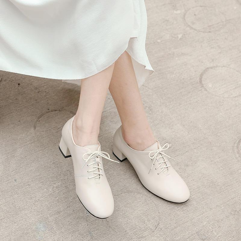 女鞋2019新款深口春秋粗跟单鞋女英伦风小皮鞋百搭秋...¥188