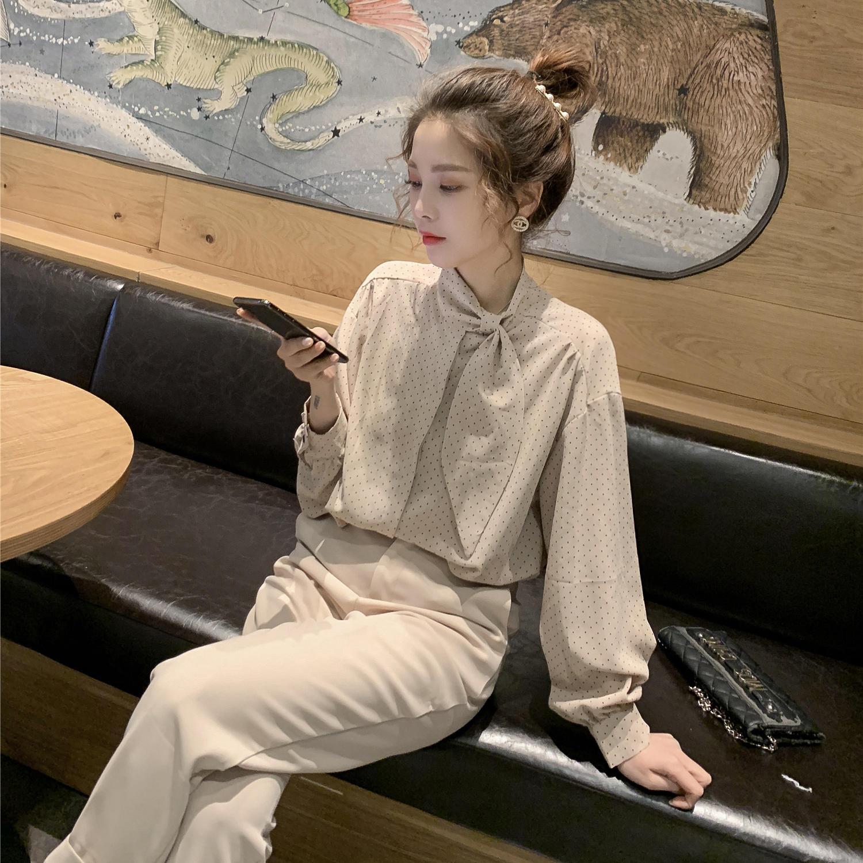 2019春新款韩版系带蝴蝶结波点雪纺黑色衬衫女chi...¥89.9